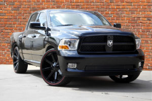kmc-slide-gloss-black-dodge-ram